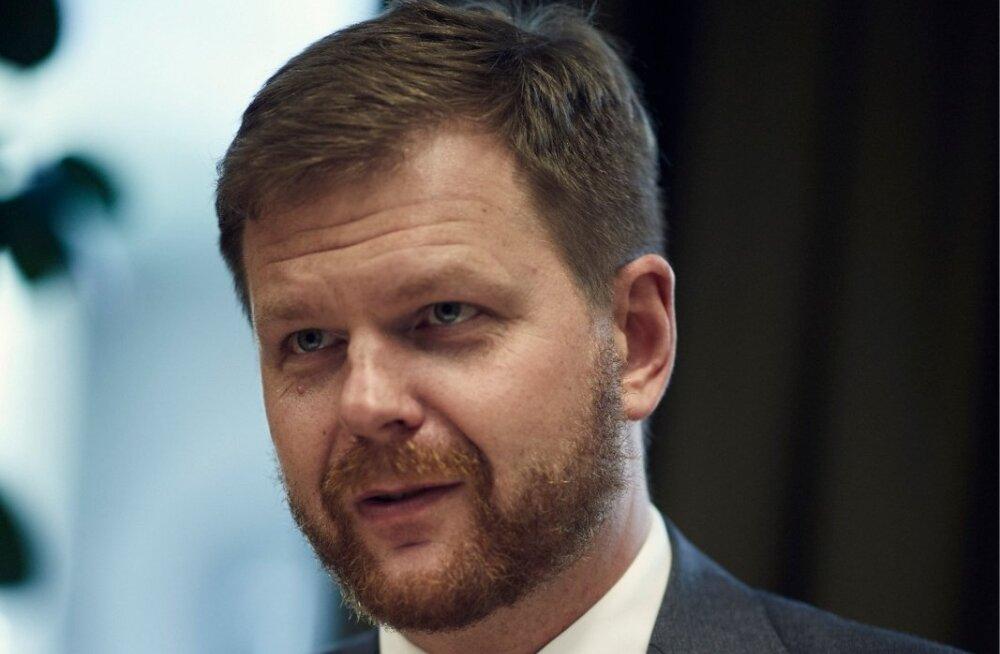 Danske skandaal on kahjustanud Eesti mainet, sest Eestit on Financial Times'i, Bloomberg'i jt veergudel kirjeldatud kui rahapesumaad. Pildil Kilvar Kessler, kes on rahul, et trahvimäärad suurenevad.