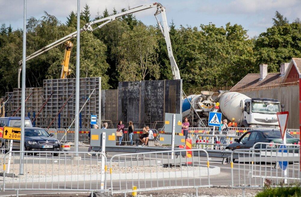 Изменение движения на развязке в Хааберсти откладывается на пятницу