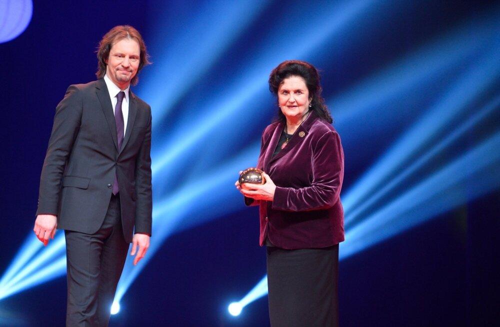 DELFI FOTOD: Kultuurkapitali elutööpreemia kaheksa laureaadi seas on ka Ingrid Rüütel ja Lembitu Kuuse
