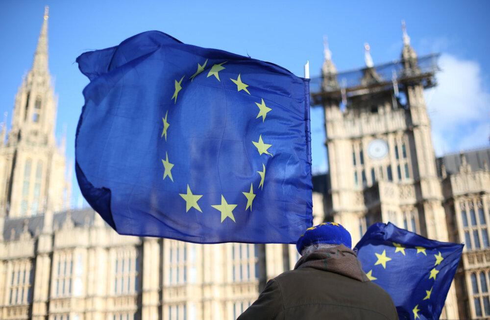 Опрос: большинство жителей Британии хотят отсрочки выхода из ЕС
