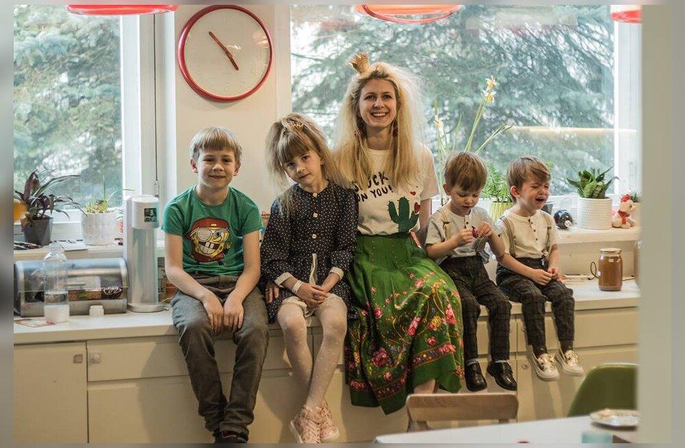 Ühe ema lugu: elangi sellist elu, nagu muidu näeb ainult mobiilifirma jõulureklaamis — imearmsad lapsed, hoolitsev pereisa, ajakirjavääriline kodu ja üliloominguline eneseteostust võimaldav töökoht