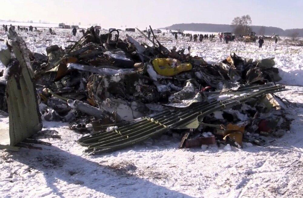 Kommersant: Moskva oblastis alla kukkunud reisilennuki piloodid vandusid enne kokkupõrget maapinnaga