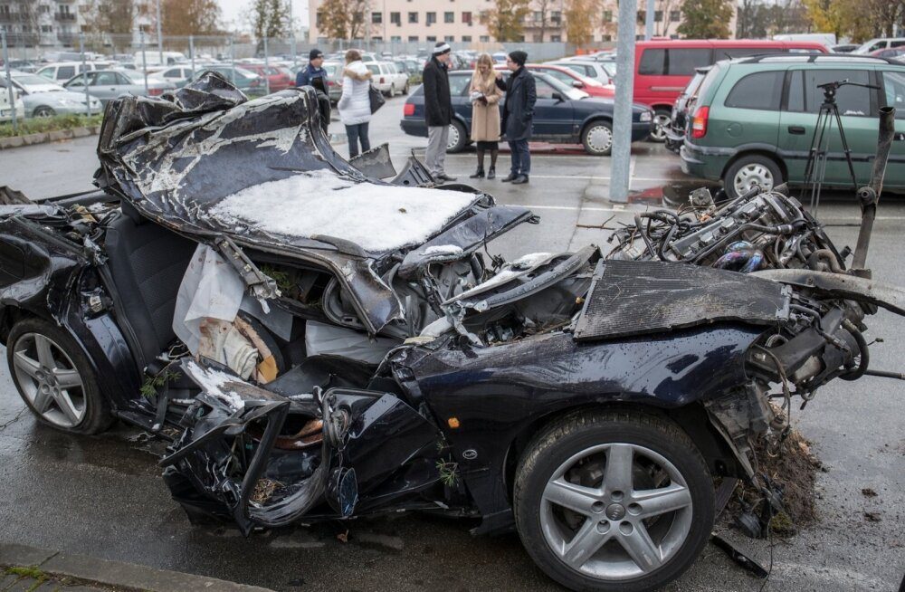 На этой странице собраны материалы по запросу смотреть видео про аварии дтп