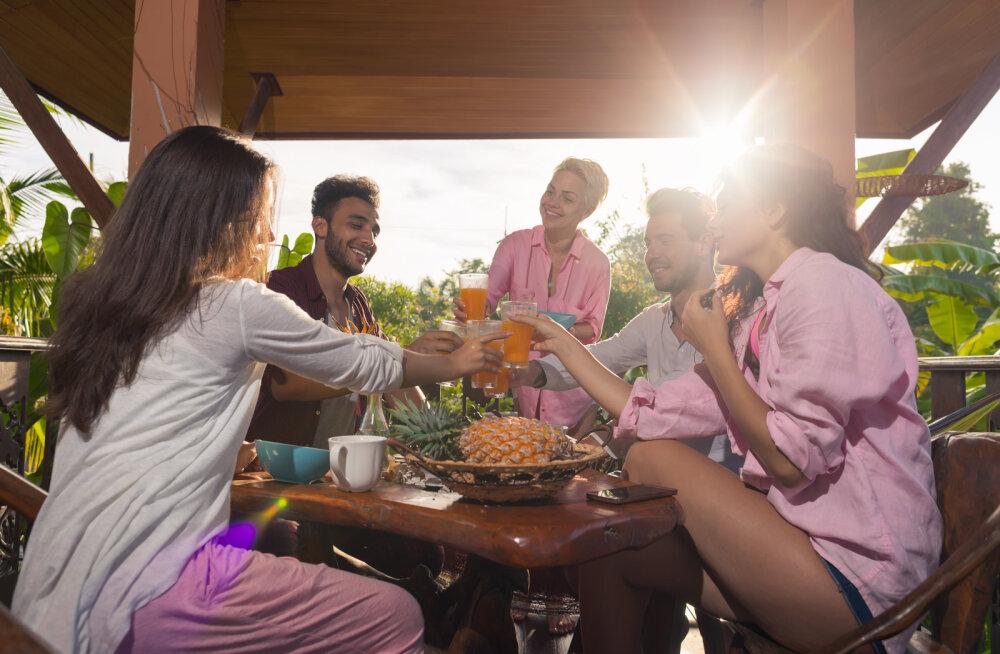 Pane külalised tööle! 5 tööd, mida ühiselt enne saunaõhtut ära teha