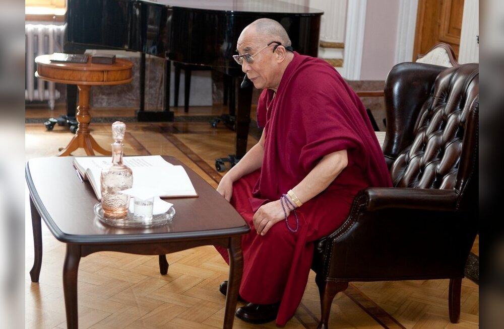 Hiina kutsub dalai-laamat reinkarnatsiooni austama