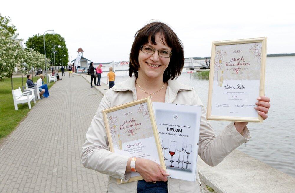 Võiduveini autor Katrin Ratt on kindel, et veiniks sobib kõige paremini vana hea taluaia hapukirss.