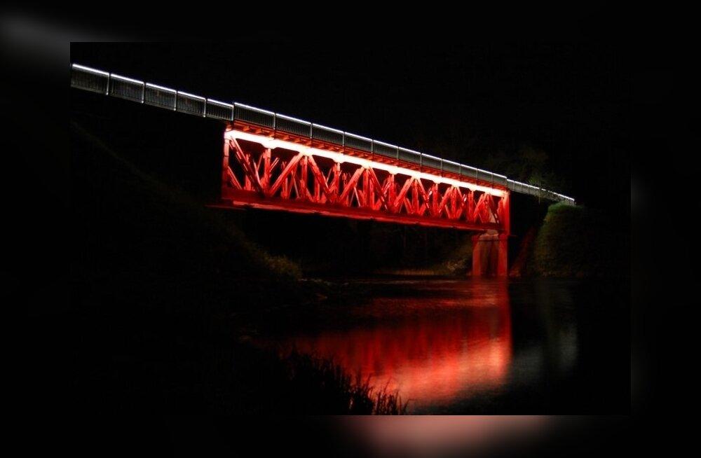 Valgustatud-Reiu-sild-foto-Helen-Parmen-4