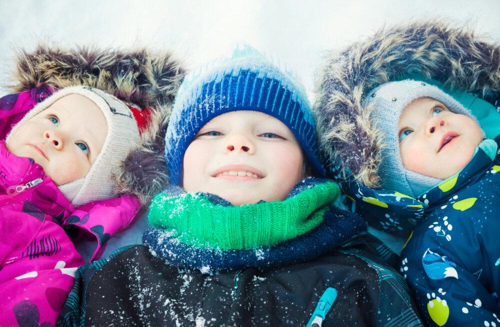 Ära oma lapse talvekombekat käsipesu ja nöörile riputamisega riku
