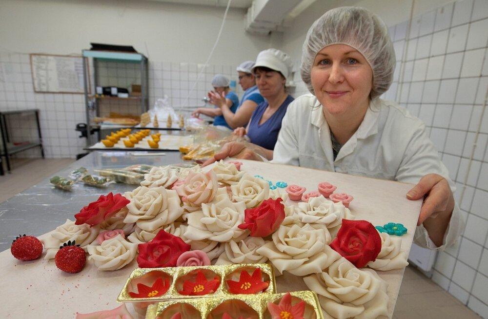 Тонны марципановых роз из Эстонии расцветают в Норвегии