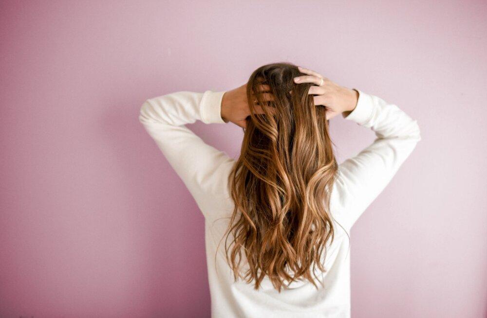 Сильнее, крепче, длиннее: 5 правил ухода за волосами после 40
