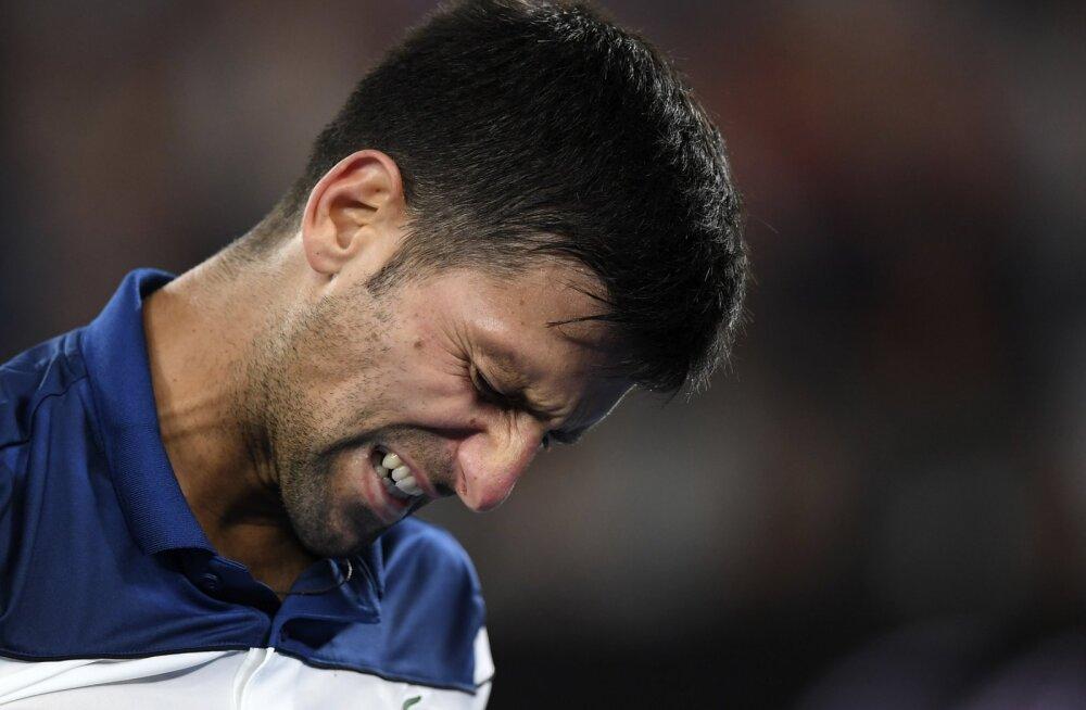 """Novak Djokovic käis noa all? Kliinik lõikust ei kinnita, tennisist nimetab protseduuri """"väikseks meditsiiniliseks sekkumiseks"""""""