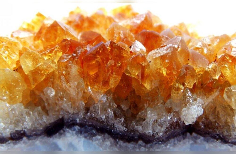 Peleta sügismasendust maagiliste kividega: 6 kristalli, mis toovad sisemise päikese välja