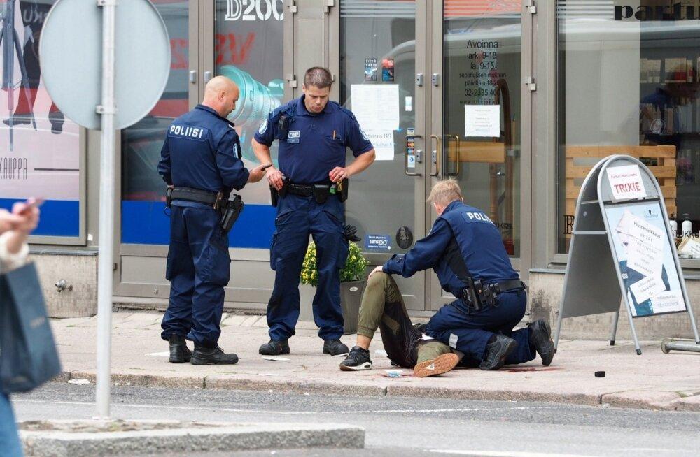 Soomes Turus 10 inimest pussitanud mees pidas end Islamiriigi sõduriks ja valmistus surema