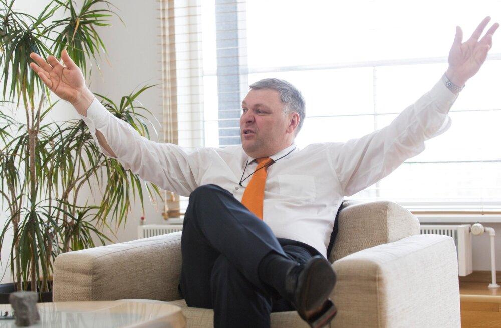 Koalitsiooni soov maapõevarade haldamine keskkonnaministeeriumi käest ära võtta paneb minister Marko Pomerantsi käsi laiutama.