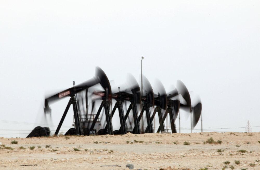 Цена на нефть катастрофически рухнула