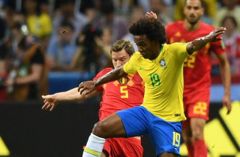 Willian Brasiilia koondise särgis.