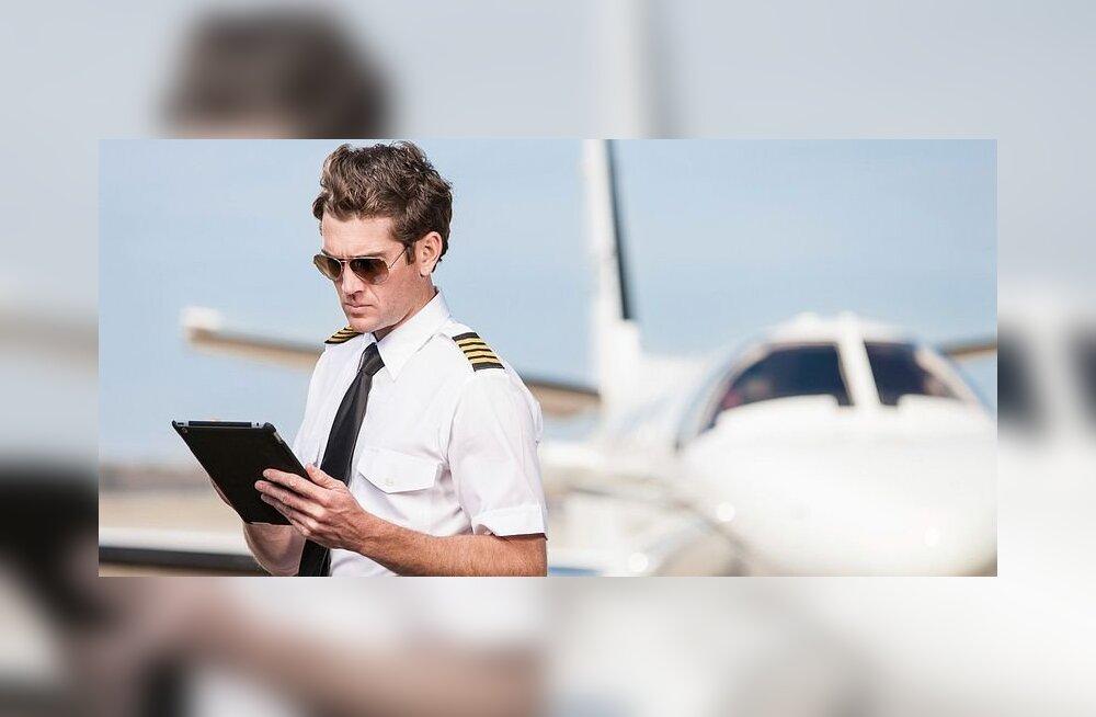 Пилоты подрались в небе и бросили самолет без управления