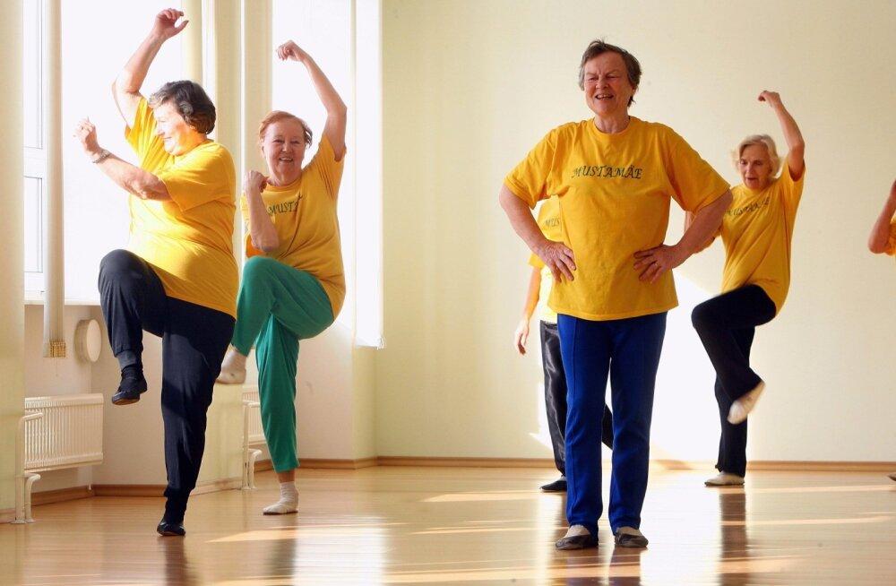 Viis kasulikku treeningvahendit, millega ennast kodus vormis hoida