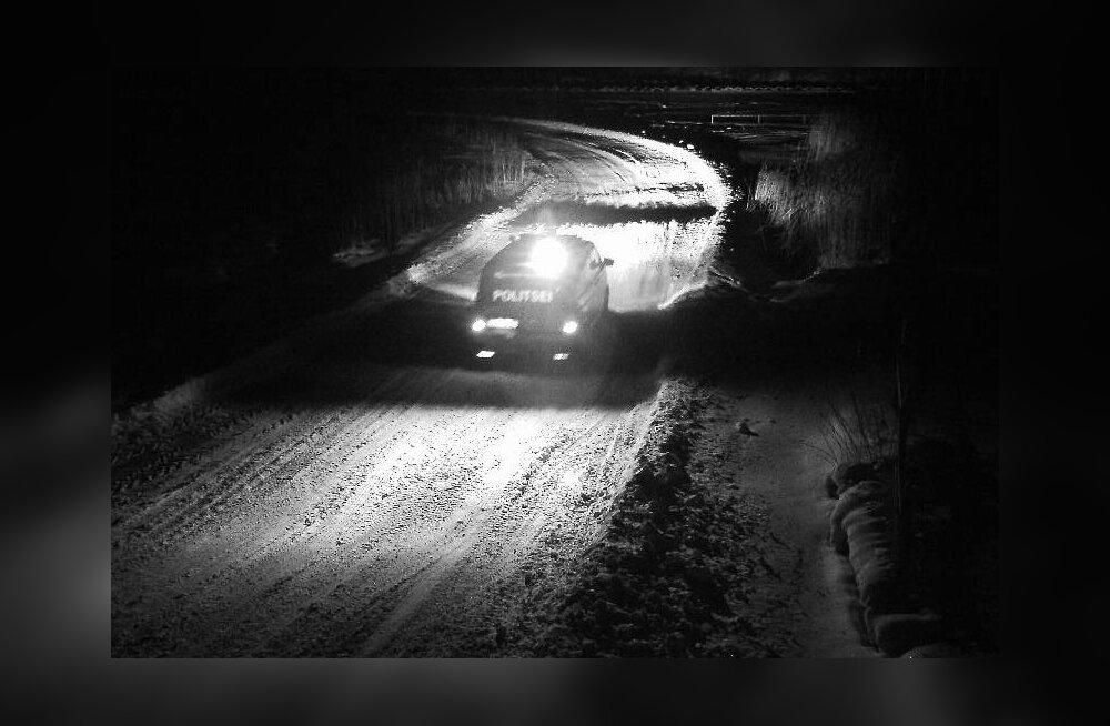 Politsei aitas laupäeva õhtul Tallinna lähedal metsast välja eksinud neljaliikmelise pere
