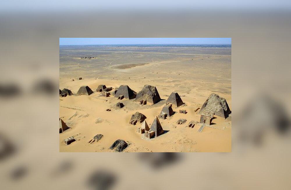 Kas tead, millises nüüdisaegses riigis on enim püramiide?