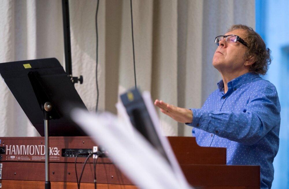 Rein Rannapi ja Otsa kooli sümfooniaorkestri proov