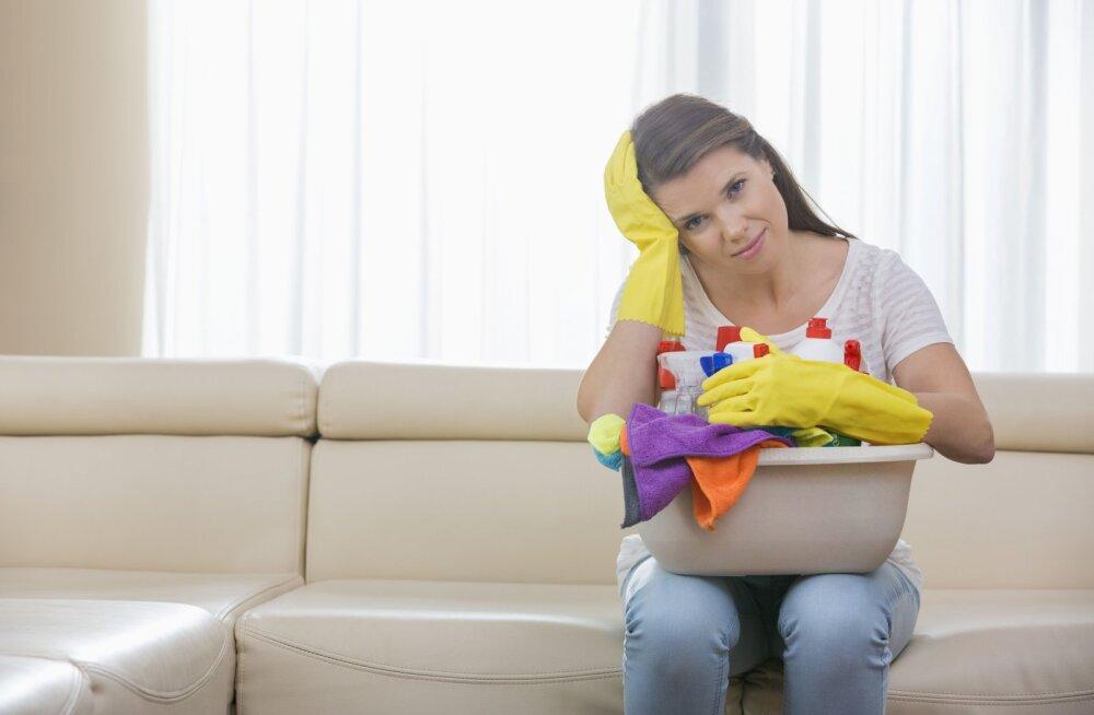 Как можно спать на не поглаженной простыне? Уборка или жизнь
