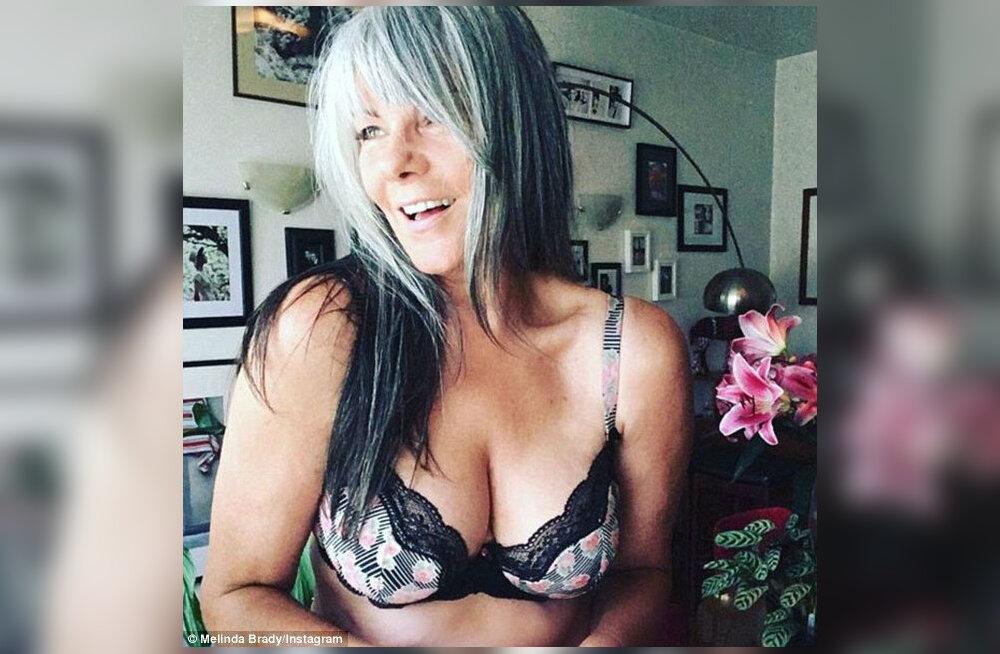 """""""Я не разглядываю свои морщины…"""" 54-летняя модель поделилась секретом — как стареть с достоинством"""