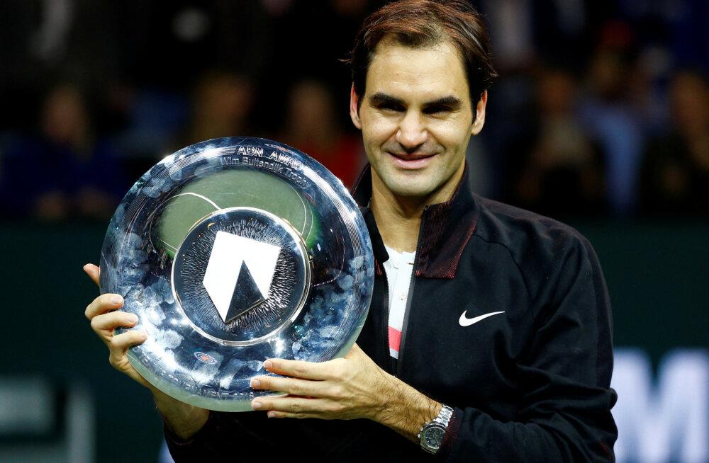 Homme tenniseajalugu tegev Federer võitis karjääri 97. turniiri