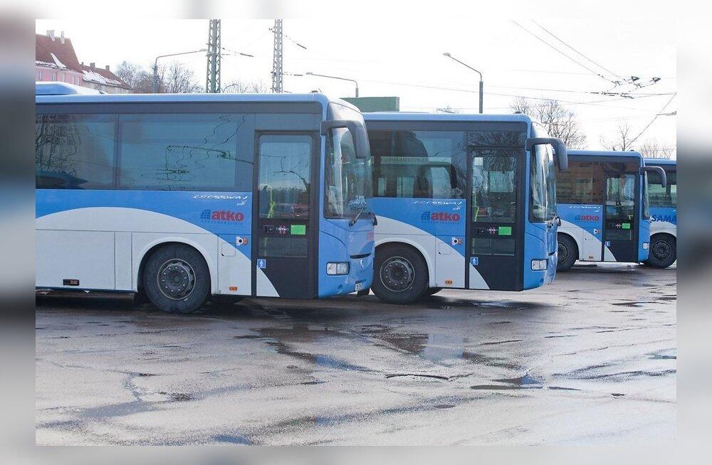 Saarlasest bussijuht: tööandja nullib meie ületunnid ära!