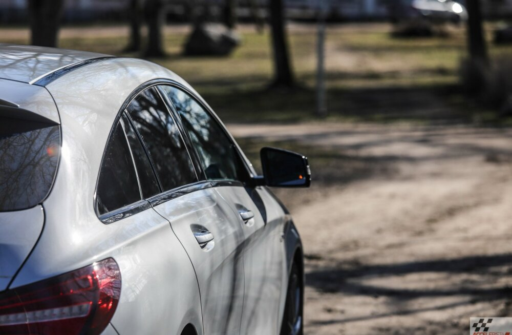 Mercedes-AMG CLA 45 Shooting Brake: sport seljatas praktika seisuga 75:25