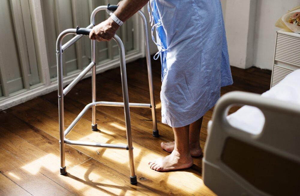 Uus seadus lubab hooldajaile lisapuhkust