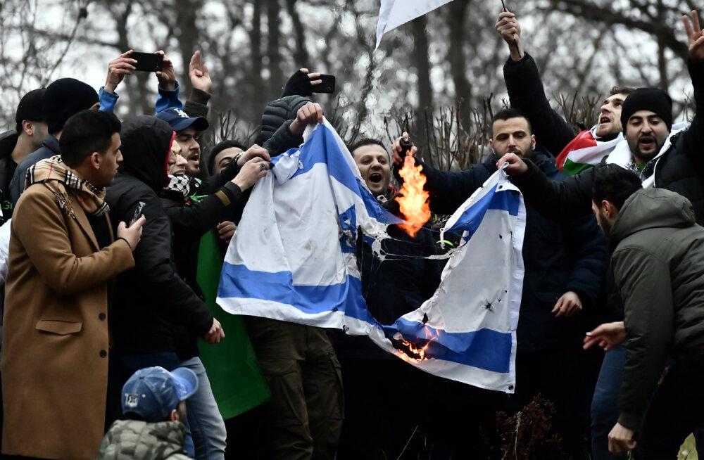 Rootsis üritati süüdata juutide pühakoda, põletati Iisraeli lipp