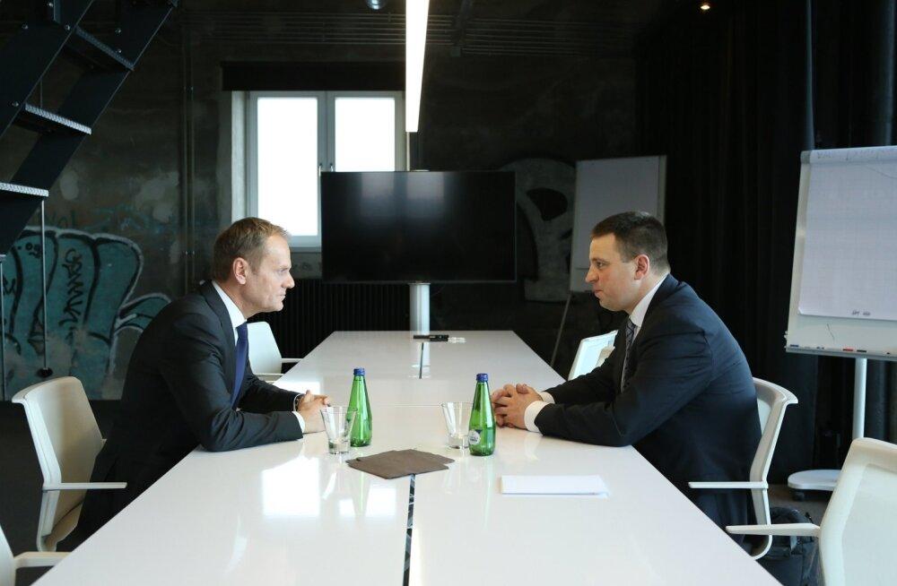 Jüri Ratas (paremal) ja Donald Tusk peavad leidma tee, kuidas EL-i riigid jõuaksid tulemuslikuma koostööni.