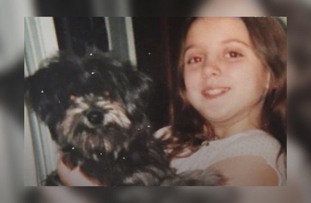 Südamlik ja uskumatu VIDEOLUGU | Naist, kes võtab eaka koera, tabab šokeeriv üllatus