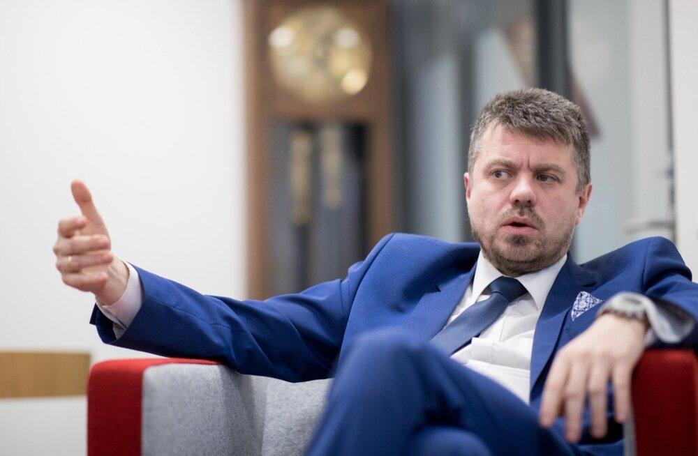 Üleriigiline maojaht: Tartumaal kadunud boa juhtum jõudis ka valitsuse lauale