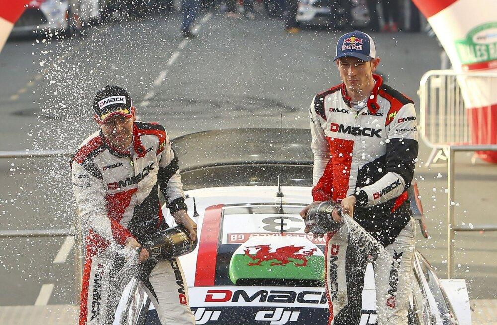 Daniel Barritt ja Elfyn Evans Walesi ralli võitjana
