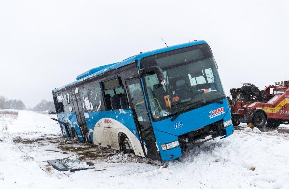 Liiklusõnnetus Keila-Haapsalu maantee 17. kilomeetril