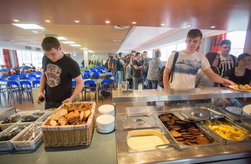 MEIE MAA | Toitlustaja koolilõunast: eelarve läheb ikka lõhki!