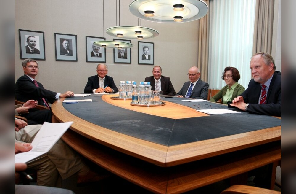 JUHTKIRI: VEB fond — häbiplekk Eesti Panga pintsaku revääril