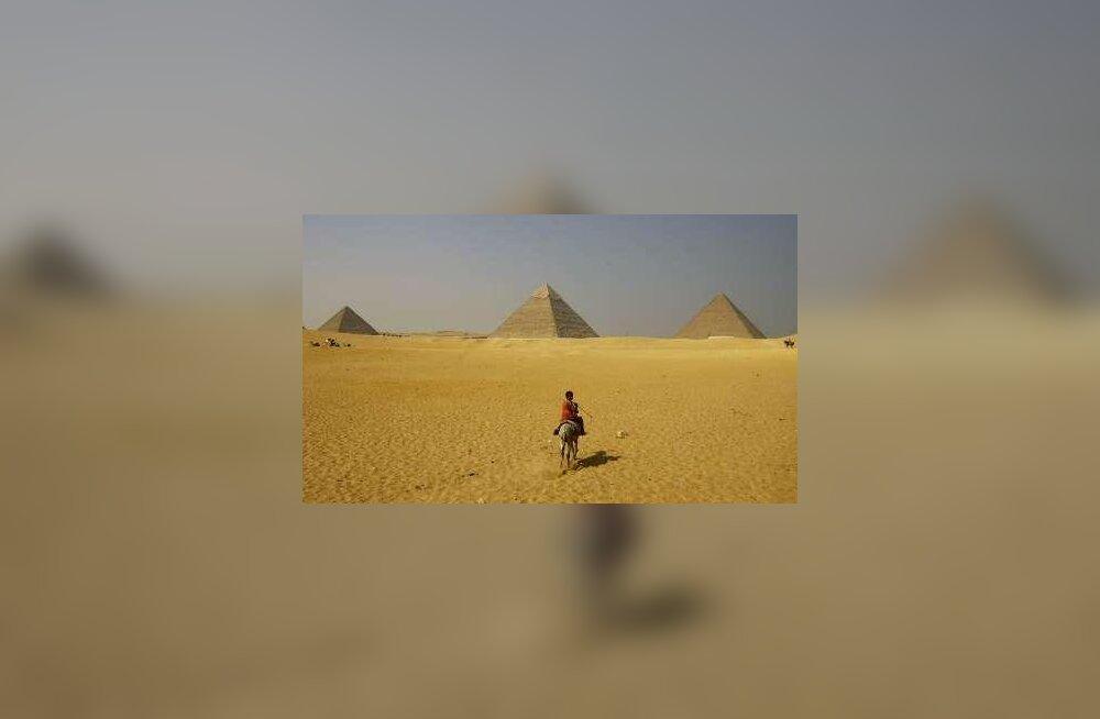 Egiptus tahab brittidelt hieroglüüfide dešifreerimise kivi tagasi