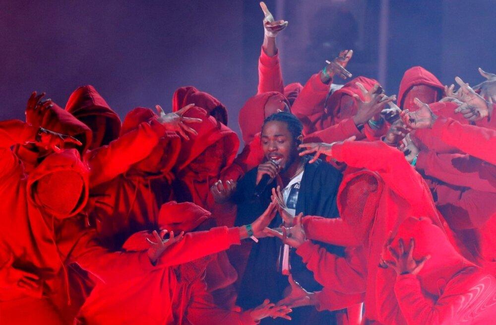 Kendrick Lamari etteaste koreograafia oli mõtestatud ja võimas.