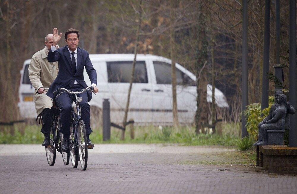 Putini-skandaali pärast tagasi astunud Hollandi välisministri asendajaks saab Stef Blok
