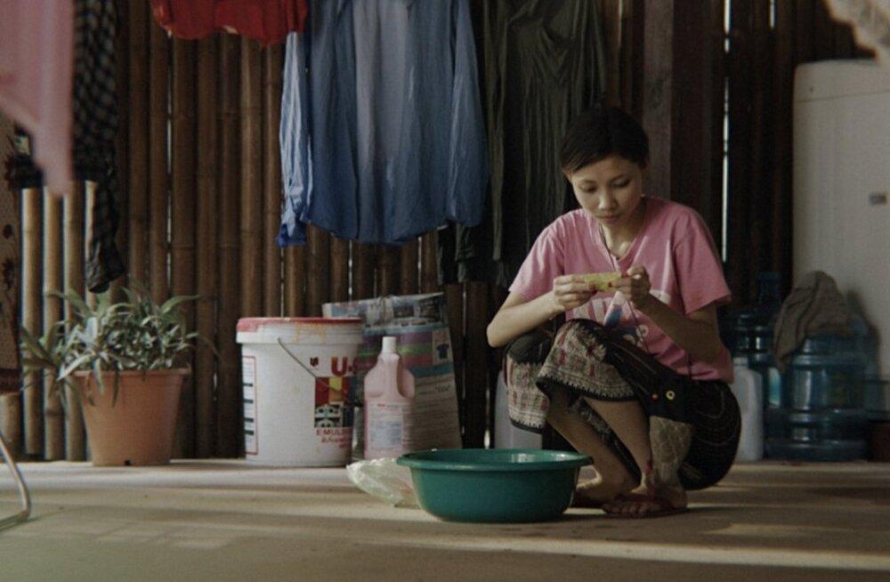 Kas teise õnnetus võib olla sinu õnn? Vaesuses üleskasvanud Noki (Amphaiphun Phommapanya) jaoks kaalub saamahimu eetika üle.