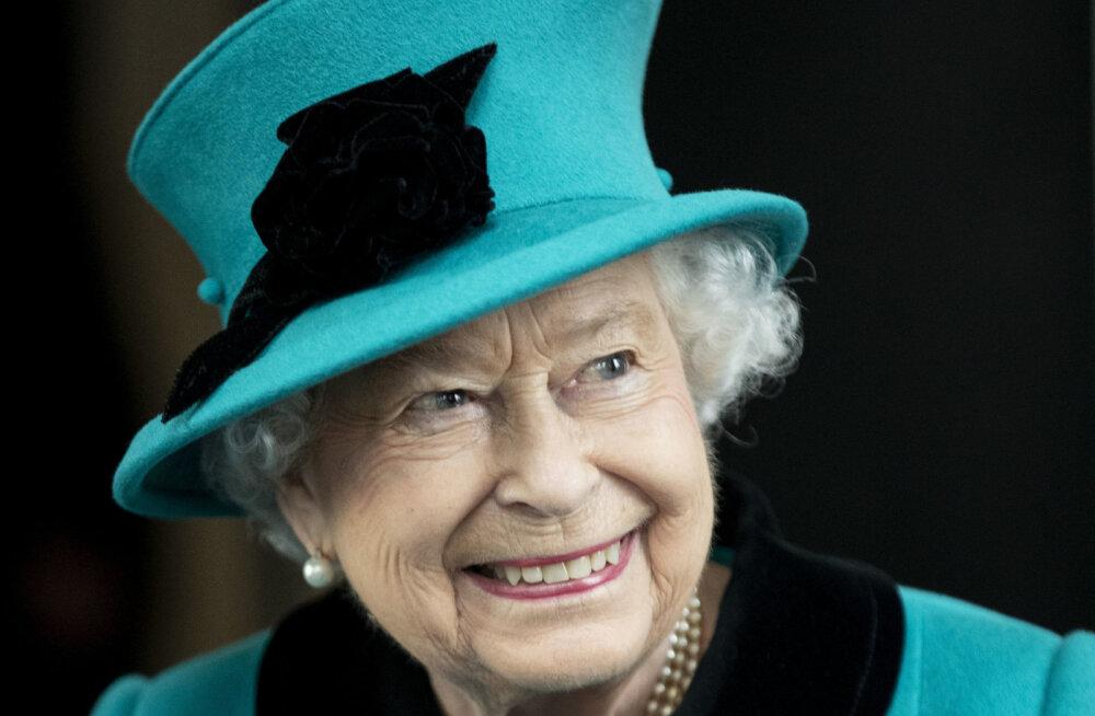Leinariided, vetsupaber ja veri! 11 üllatavat asja, mida Elizabeth II alati reisides kaasa võtab