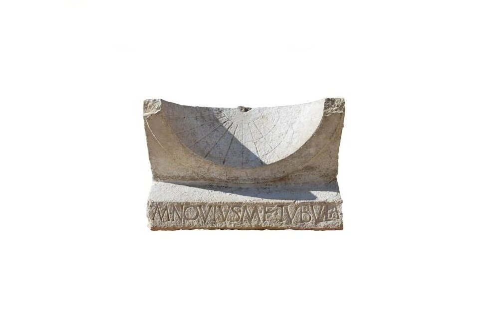 Arheoloogid leidsid 2000 aasta vanuse päikesekella, mis pajatab üllatava loo Vana-Rooma poliitikaelust