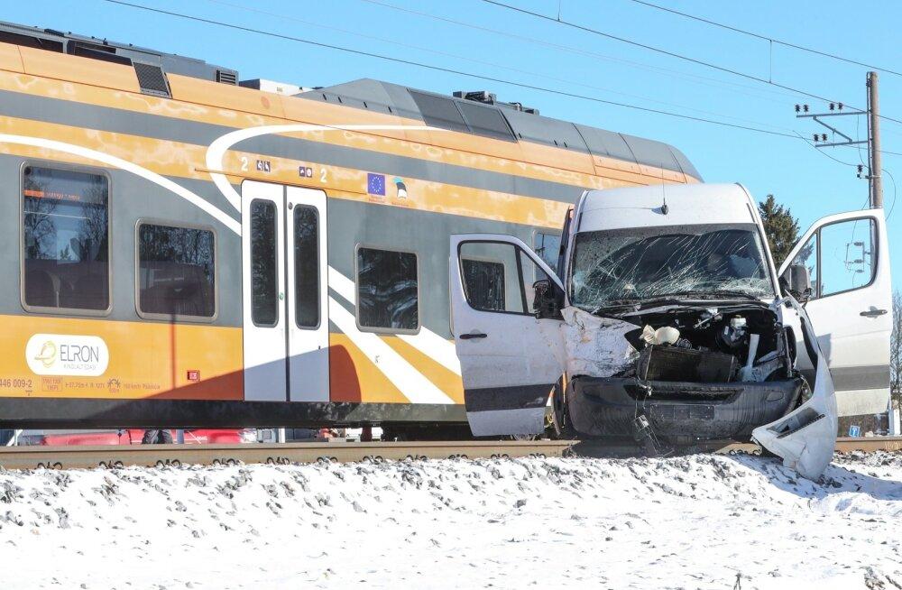 Kolmapäevane õnnetus Saue ülesõidukohal