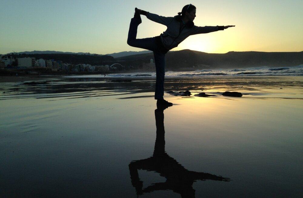 10 LIHTSAT HARJUTUST, kuidas treenida tasakaalu