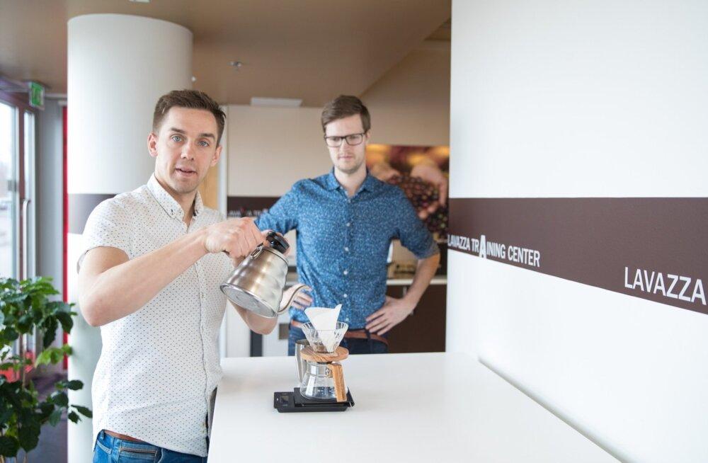 OSTA KOHVIVESKI! Asjatundja Kaspar Grossfeldt kohvitootja Johan & Nyströmi juurest soovitab.