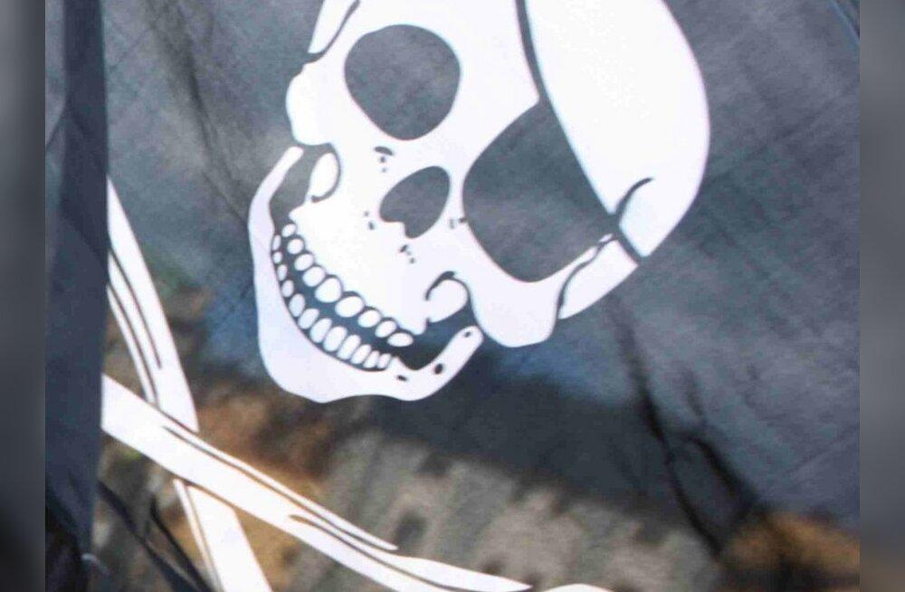 Piraadid Läänemerel: mehed mustas kaaperdasid Soome kaubalaeva