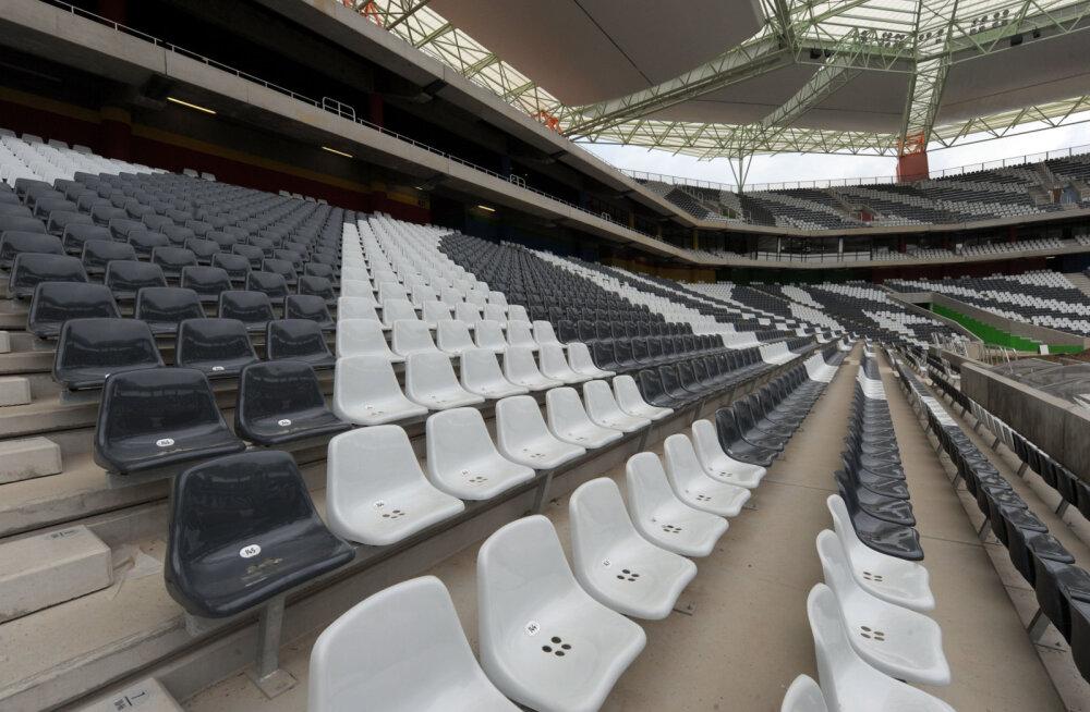 VIDEO: Türgi tippklubi sundis fänni 10 000 tooli puhtaks küürima